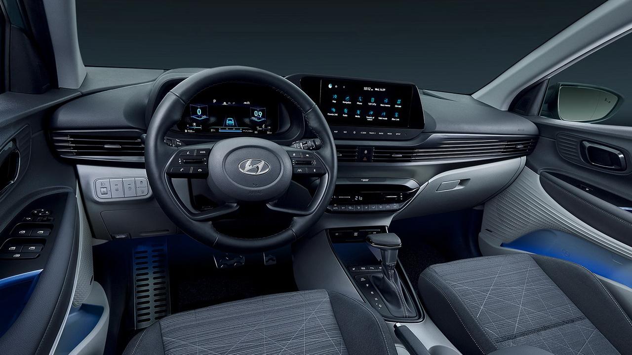 Фото салона Hyundai Bayon