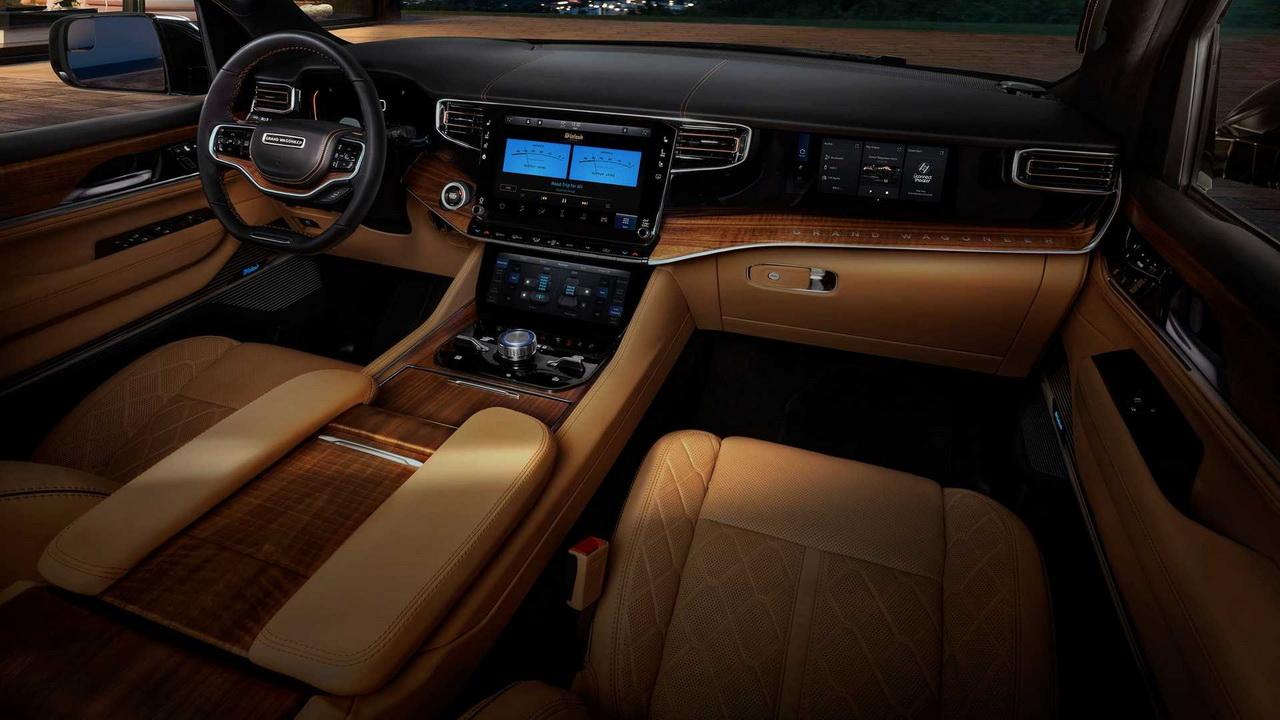 Салон Jeep Grand Wagoneer 2022