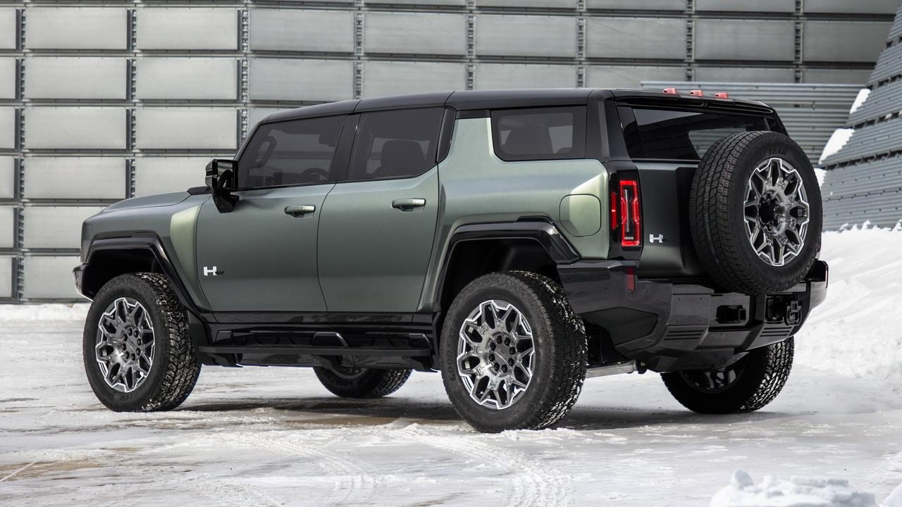 Дизайн кормы GMC Hummer EV SUV 2023