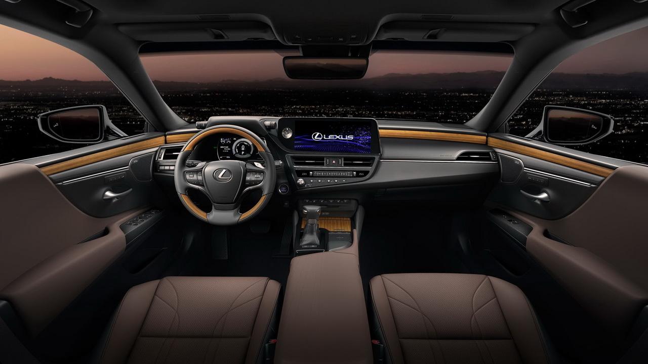 Фото салона Lexus ES рестайлинг