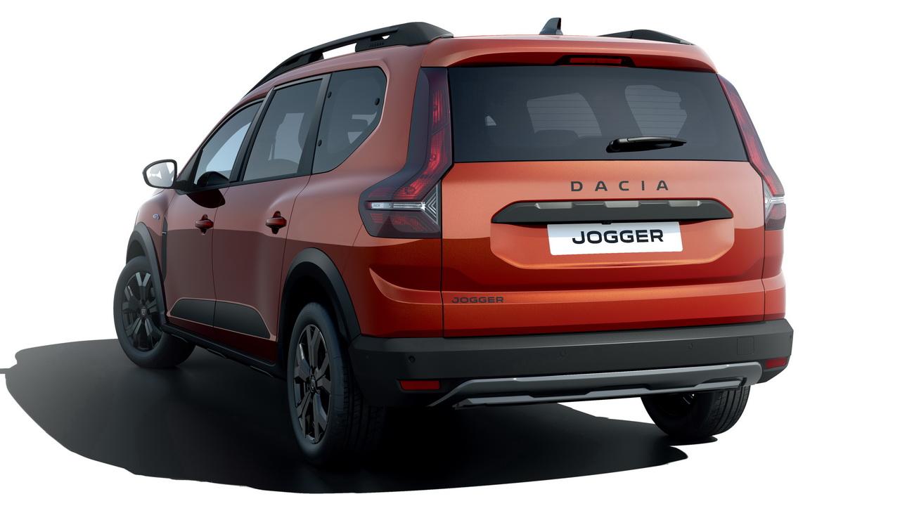 Дизайн кормы Dacia Jogger 2022