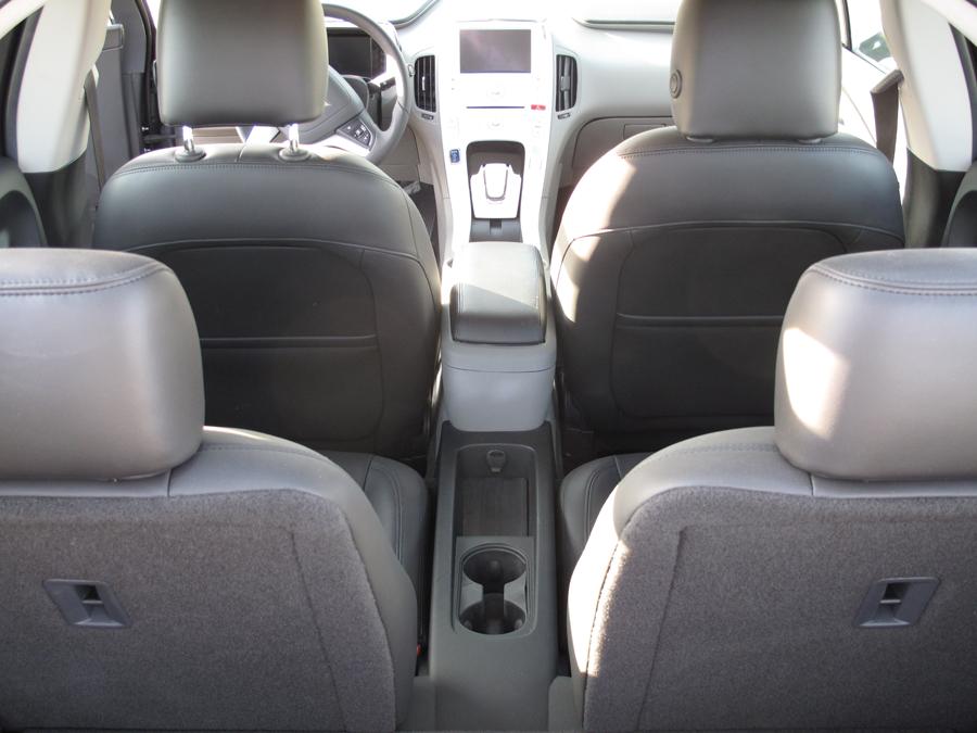 Внутри Chevrolet Volt