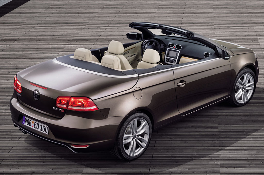 Volkswagen Eos Exclusive вид сзади