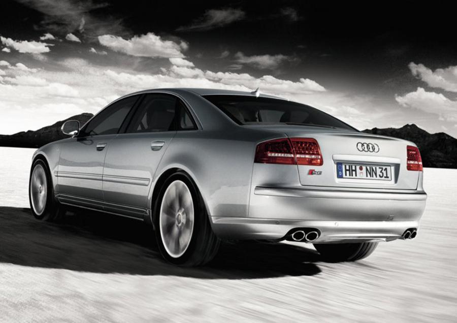 Audi S8 2012 спойлер