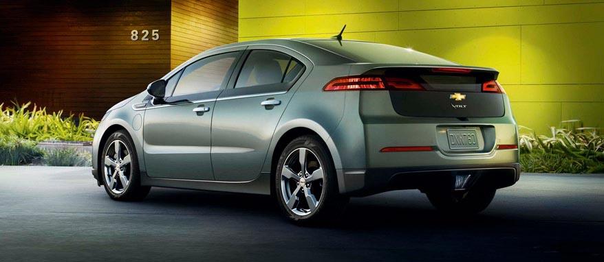 Chevrolet Volt вид сбоку