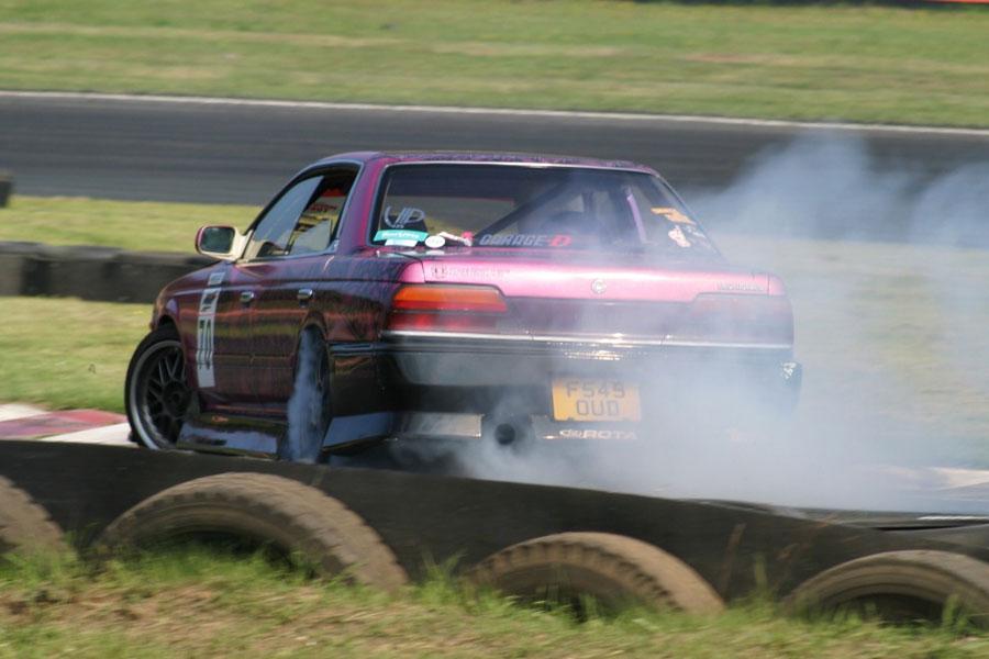 Sid Crowfoot на своей  Toyota Mark II
