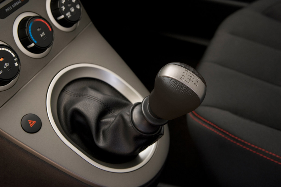 Nissan Sentra SE-R 2011 механика