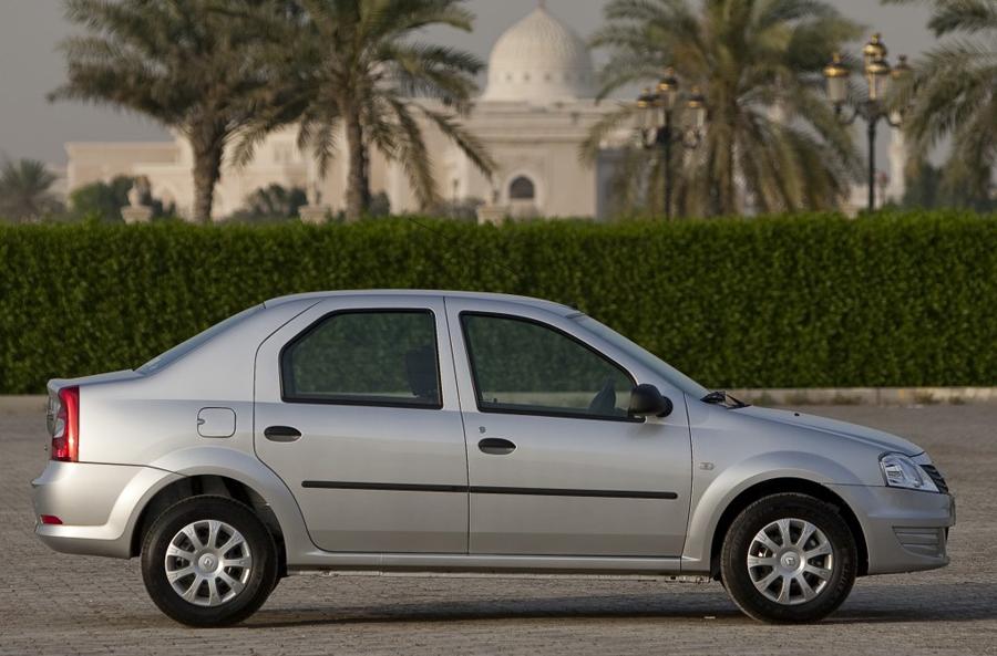 Renault Logan 2011 боковые двери
