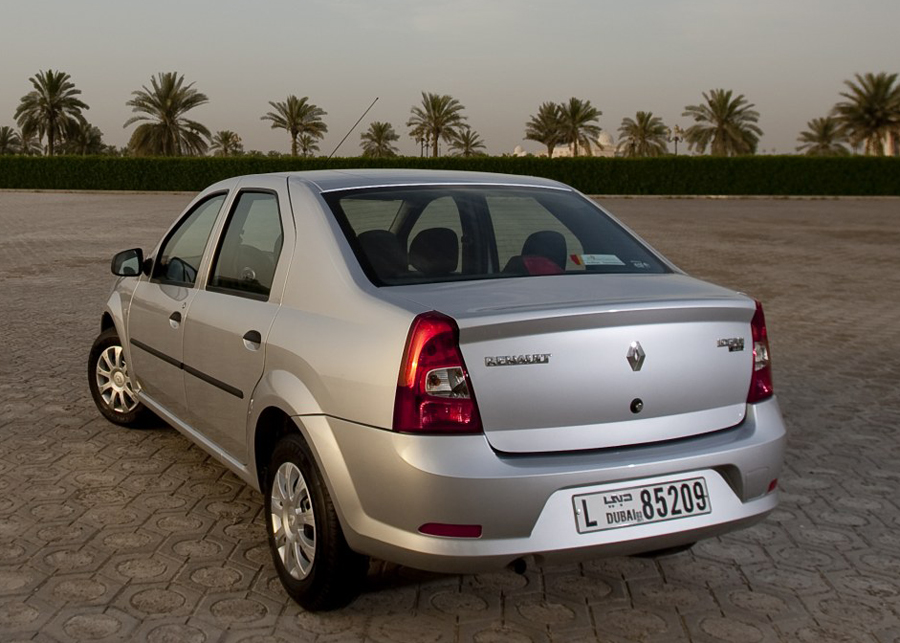 Renault Logan 2011 спойлер