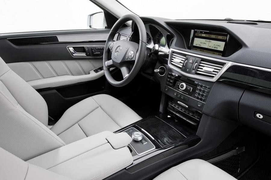 Mercedes E-Class кожаный салон