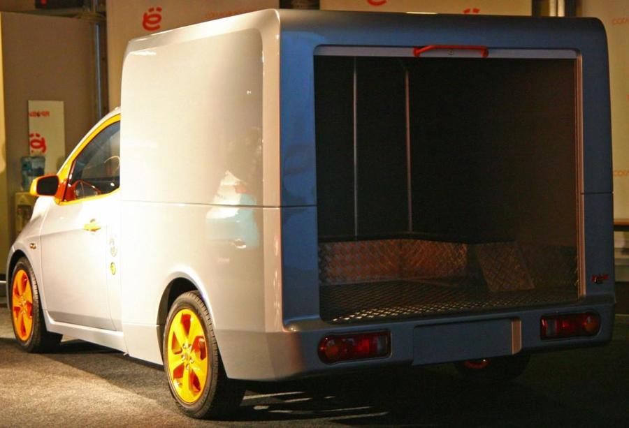 ё-фургон вид багажника