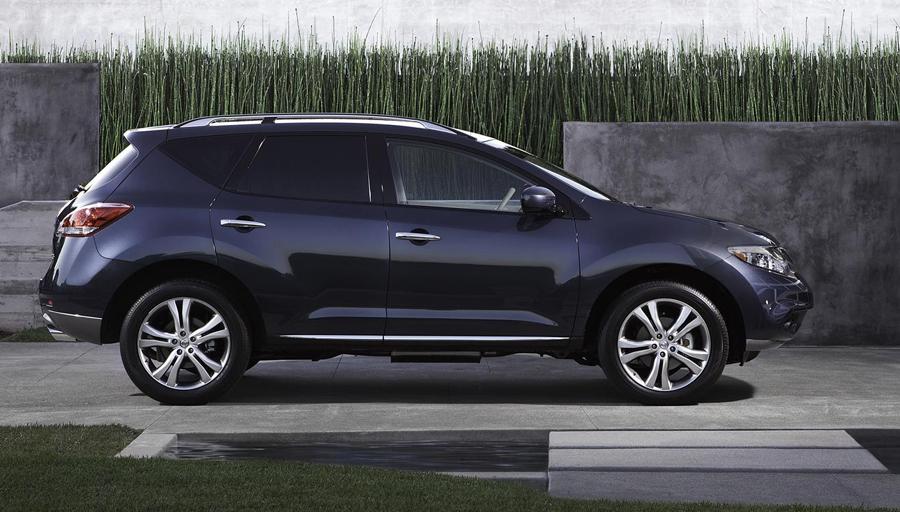 Nissan Murano 2011 вид сбоку