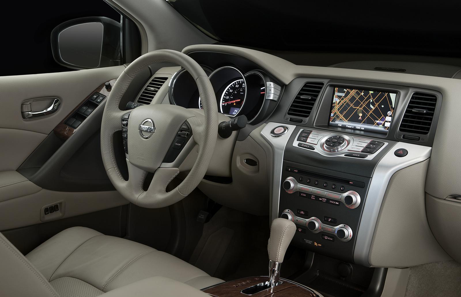 Nissan Murano 2011 интерьер