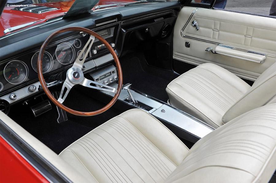 Chevrolet Impala  1967 салон