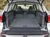 Багажник BMW X5 со сложенными сиденьями второго ряда