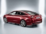 ford-mondeo-2014-back-view-13