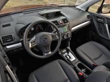 Интерьер Subaru Forester 2014