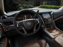 Интерьер Cadillac Escalade 4 поколения