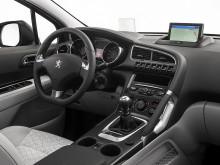 Интерьер Peugeot 3008 2014