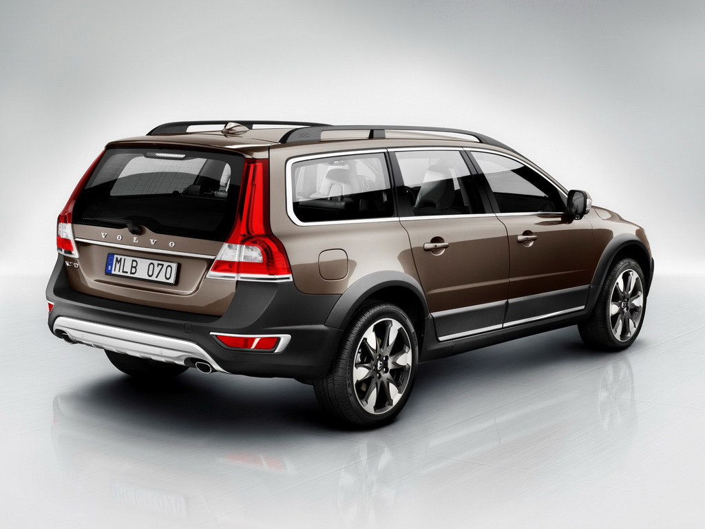 volvo xc70 2014. Black Bedroom Furniture Sets. Home Design Ideas