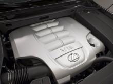 Двигатель V8 объемом 5.7 литра