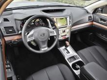 Салон нового Subaru Outback 2014 модельного года