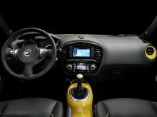 Салон Nissan Juke 2015