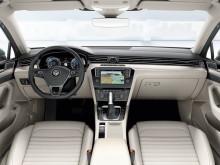 Фото салона нового Volkswagen Passat 2015