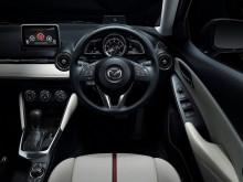 Салон новой Mazda 2
