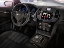 Передняя панель и рулевое колесо Крайслер 300С