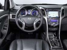 Интерьер Hyundai i30 2015-2016 фото