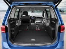 Багажное отделение Volkswagen Touran 2015-2016