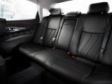 Задние кресла в новом Q70 фото