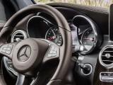 Рулевое колесо и приборная панель