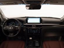 Обновленный интерьер Лексус ЛХ 570 2016 модельного года