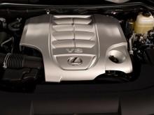 Модернизированный двигатель V8 нового Lexus LX 570 фото