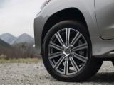 Новые 10-спицевые диски Lexus LX 570 фото