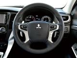 Новое четырехспицевое рулевое колесо фото