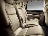 Второй ряд сидений в новом Acura MDX 2016-2017 фото