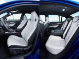 Передний и задний ряды сидений Лексус GS F фото