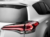 Задние плафоны Тойота РАВ 4 2016-2017 фото