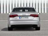 Audi S8 plus вид сзади фото