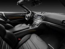 Организация передних посадочных мест родстера Mercedes-Benz SL 2016-2017