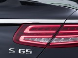 Задние фонари Мерседес S 65 AMG кабриолет фото
