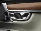 Оформление дверных ручек Volvo S90