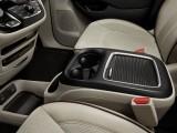 Подлокотник с боксом между передними сиденьями Chrysler Pacifica 2016-2017