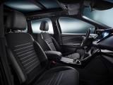 Передний ряд сидений Форд Куга 2016-2017 фото