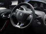 Рулевое колесо нового Peugeot 2008 фото