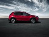 Новый Peugeot 2008 - вид сбоку