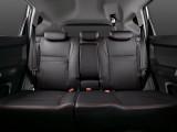 Вместительный и комфортный задний ряд сидений Джили Эмгранд Х7 фото